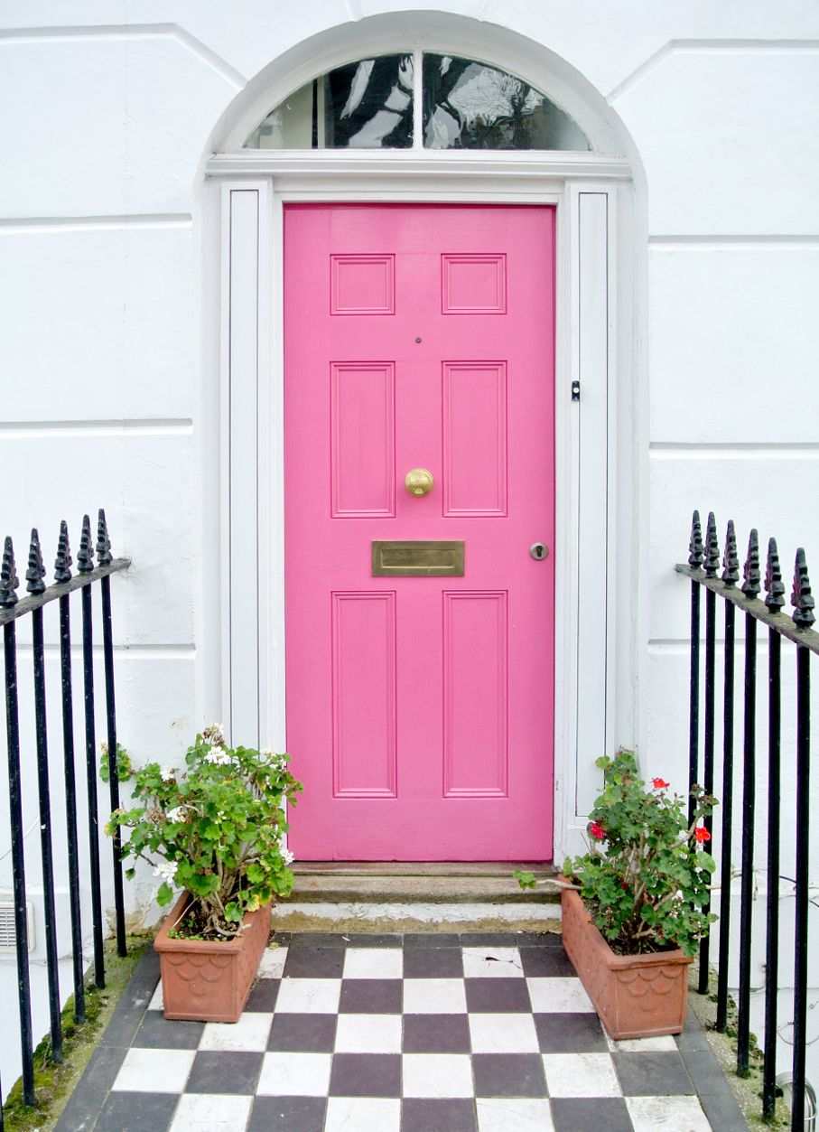 Front Door Fabulous: Navigating the Rainbow of Color Choices