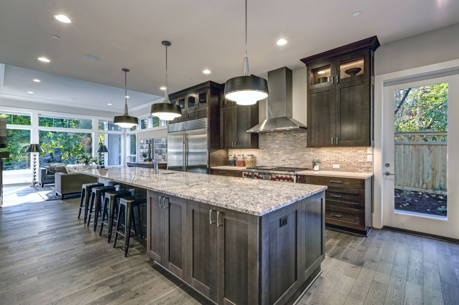 Terrific Best Tips For Choosing Cabinet Stain Colors House Tipster Download Free Architecture Designs Scobabritishbridgeorg