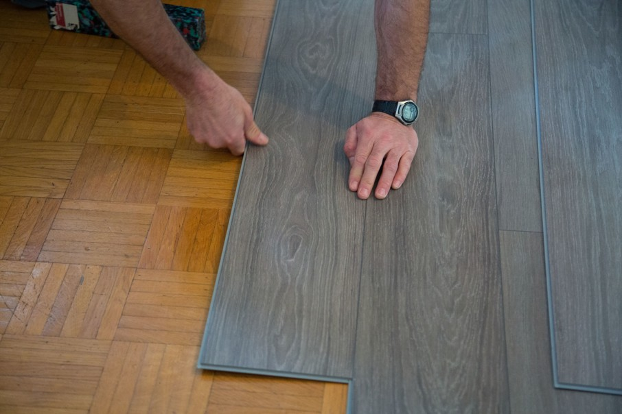 Vinyl Laminate Or Linoleum Flooring How To Choose