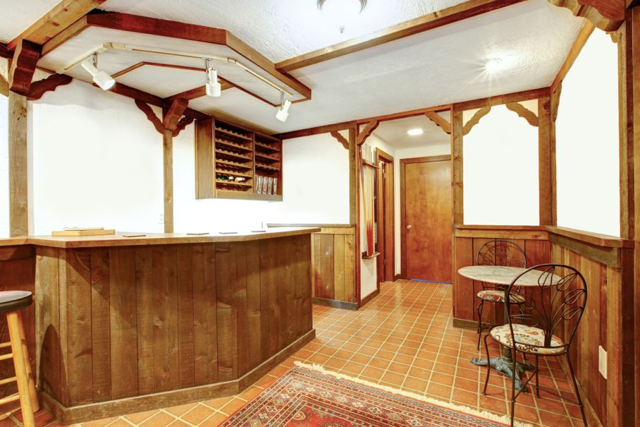 Designing Your Own Home Bar | House Tipster