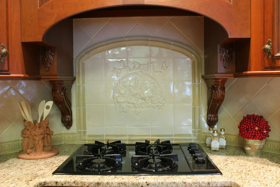 Stove and backsplash detail