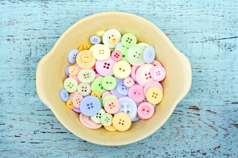 Color buttons in a yellow bowl