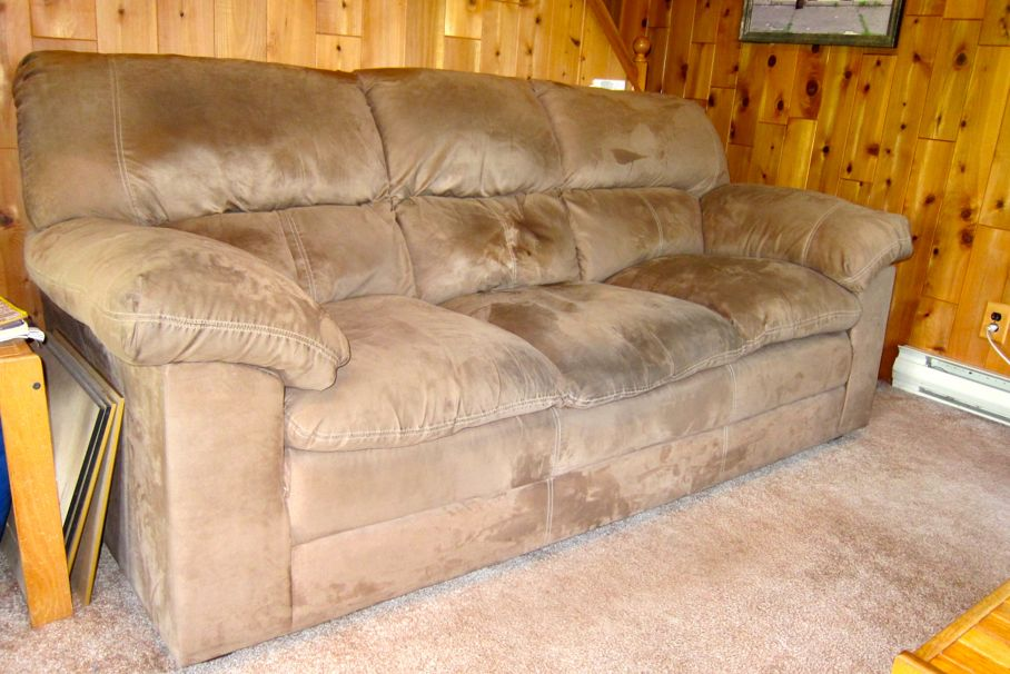 Incredible The Best Way To Clean Your Microfiber Furniture House Tipster Download Free Architecture Designs Grimeyleaguecom
