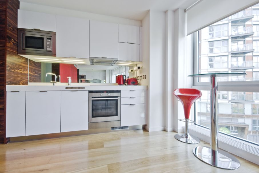 Kitchen and breakfast area in a studio apartment