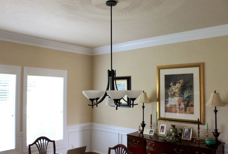 Why Crown Molding Should Be an Essential Part of Your Home's