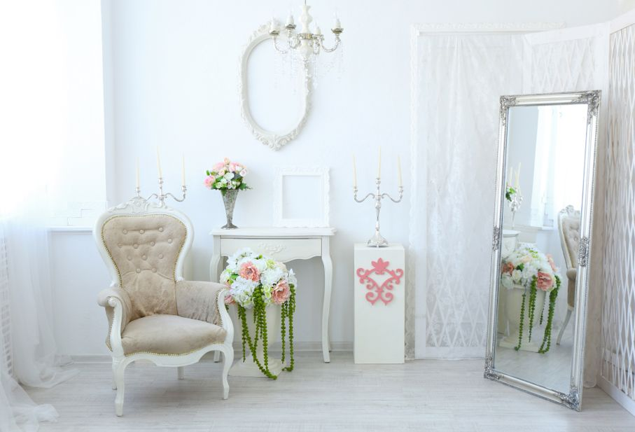 Beautiful luxury room in shabby chic style