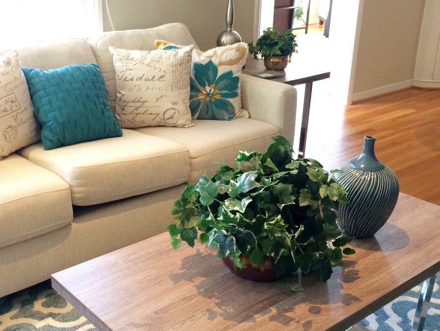 How to Use Artificial Plants in Your Home Décor