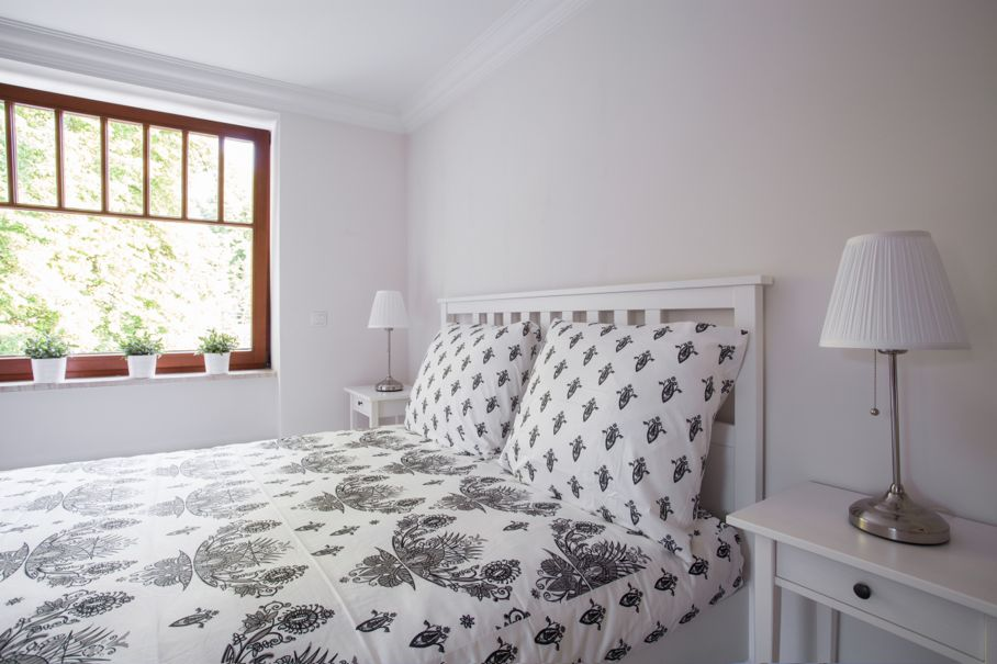 Less is More: 5 Tips for a Minimalist Style Bedroom | House Tipster